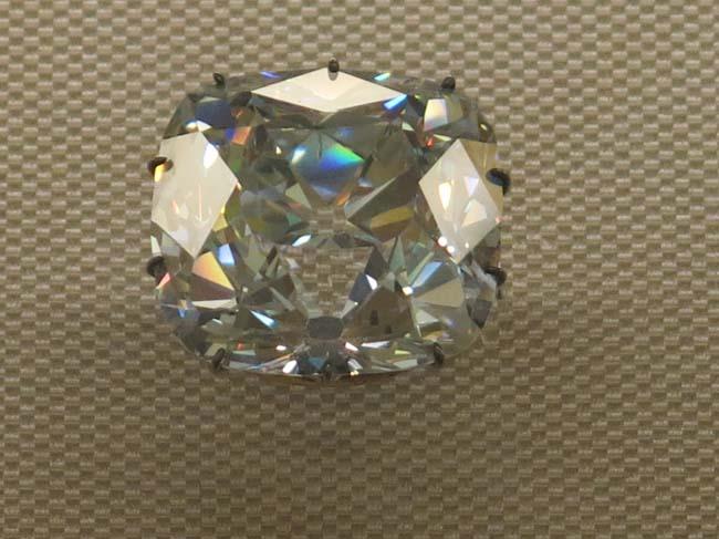 Der Edelstein im Kreuzwortru00e4tsel ist nicht immer ein Diamant